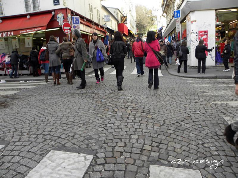 Bas de la Butte Montmartre, Sacré-Coeur - Paris, France, 2010