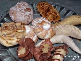 Gâteaux variés made in M'diq - M'diq, Morocco 2011