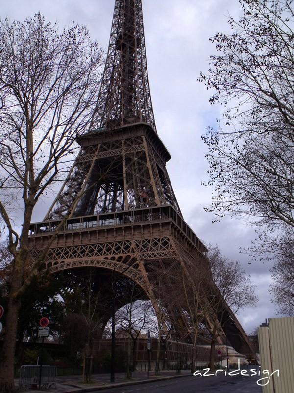 La Tour Eiffel - Eiffel Tower - Paris, France, 2010