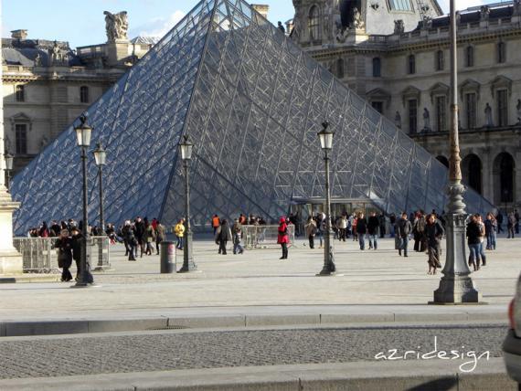 La Pyramide du Louvre, Paris, France, 2010