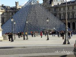 La Pyramide du Louvre, Paris, France, 2010