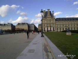 Jardins de Tuileries, le Louvre - Paris, France, 2010