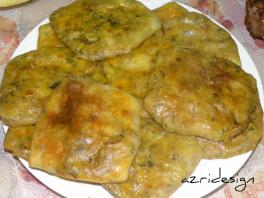 Msemmens farcis au thon, cuits au four - Meknes, Morocco 2011